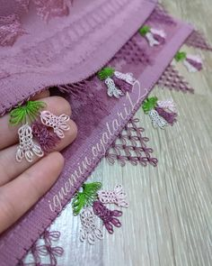 Beaded Embroidery, Embroidery Stitches, Hand Embroidery, Crochet Unique, Diy And Crafts, Arts And Crafts, Thread Art, Tatting Lace, Baby Knitting Patterns