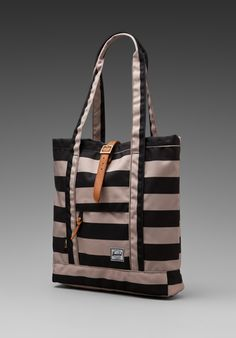 HERSCHEL SUPPLY CO. The Field Collection Market Bag in Black/Taupe at Revolve Clothing - Free Shipping!