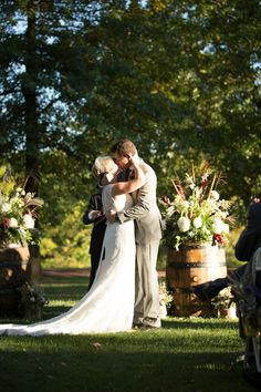 An Enchanted Florist Created Fabulous Fall Wedding Flowers For Lindsay And Ryan At The Joseph Ambler