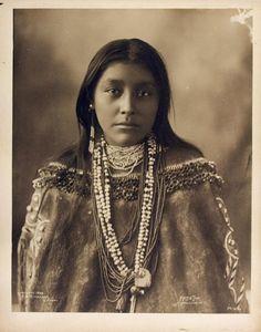 HATTIE TOM, Chiricahua Apache, 1899.