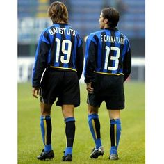 Gabriel Batistuta e Fabio Cannavaro Legends Football, Football Icon, Football Is Life, Football Photos, World Football, Soccer World, Football Kits, Football Soccer, Good Soccer Players