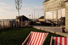 Rügen Beach House offers a tranquil retreat on Germany's Baltic Sea island... http://www.we-heart.com/2014/08/19/rugen-beach-house-rugen-germany/