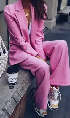 pink suit - balenciaga Triple S runners - suits with sneakers - Women's style: Patterns of sustainability Pink Outfits, Mode Outfits, Casual Outfits, Fashion Outfits, Fashion Tips, Fashion Trends, Fashion Websites, Suits And Sneakers, Sneakers Mode