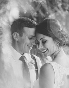 If you are stumped on posing or the couple is having a hard time feeling natural, have a few go to poses that you have completely memorized. Forehead to forehead is a great one! // Jane in the Woods Photographie