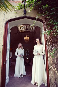 Deco Debutante ~ A 1930s Inspired Styled Bridal Photoshoot Featuring Fleur De Guerre