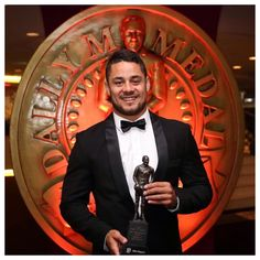 Jarryd Hayne NRL Player of the Year 2014   MadAussie.com Rugby League, Rugby Players, Football Players, Jarryd Hayne, Nfl 49ers, Ladies Gents, We Are Family, Modern History, National Football League