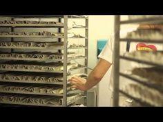 ▶ Un jour avec David, artisant boulanger à Soultz, dans la nouvelle boulangerie Wilson - YouTube