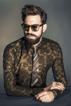 Mens Wear Trend: Power Print (Etro's cotton shirt and tie. Miansai tie bar; Westward Leaning sunglasses.) [Photo by Rodolfo Martinez]