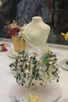 SRES 2014 - Nature dress.