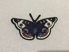 You will get one piece  Patch measures about 14cm x 8.5cm (1cm = 0.3937 inch)  Please note normal delivery would take about 3~4 weeks for most international buyers. If you need more details, please feel free to contact me.