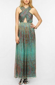 This Sparkle & Fade Cutout Chiffon Maxi Dress packs all the attention-turning detail you need for under.