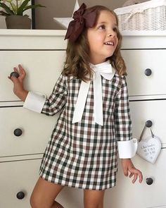 black and white lovers - Baby interests Little Girl Fashion, Toddler Fashion, Kids Fashion, Dresses Kids Girl, Girl Outfits, Baby Dress Design, Vestidos Vintage, Toddler Girl, Dress Fashion