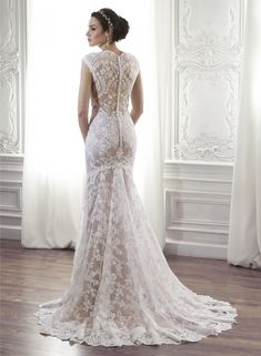Londyn - by Maggie Sottero I'm wearing this dress, beautiful details on the back
