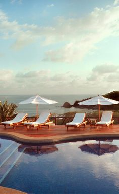 Poolside Escape just in time for the holidays: Costa Rica