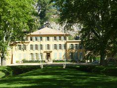 Château du Thoronet - Aix en Provence - www;aixenprovencetourism.com