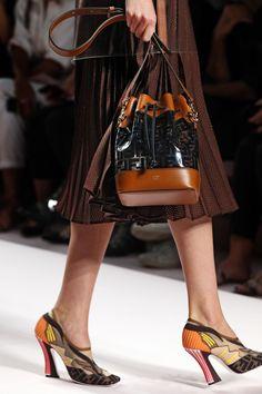 Spring/Summer 2019 fashion show bucket bag, fendi, designer shoes, shoes sn Winter Fashion Boots, Fashion Shoes, Women's Fashion, Cheap Fashion, Fashion Killa, Fashion Brands, Office Fashion Women, Womens Fashion For Work, Designer Shoes