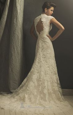 The back, the sleeves, the lace, the full length buttons!