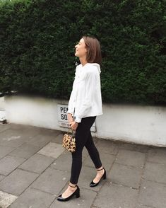 """629 Likes, 16 Comments - Ludivine  (@ludivinelf) on Instagram: """"About yesterday evening, on our way to @royalalberthall to a live music diner with friends …"""""""