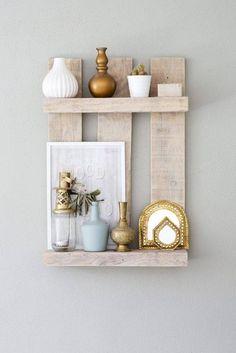 Bespoke Handmade Furniture for mansions Pallet Shelves, Wood Shelves, Diy Pallet Projects, Wood Projects, Diy Home Decor, Room Decor, Diy Casa, Handmade Furniture, Pallet Furniture