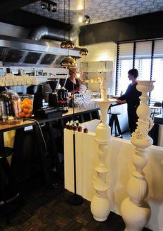 #covanderhorst #interior #design #amstelveen #dutchdesign #linteloo #leolux #tomdixon #conceptstore #cococafe www.leemconcepts.blogspot.nl