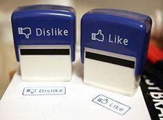 Essentieel voor je bureau: Deze Like & Dislike stempels