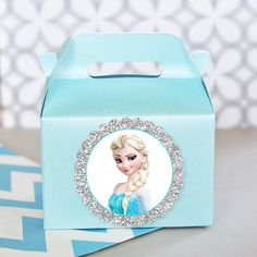 Frozen Birthday Olaf Queen Elsa Princess Anna Teal Shimmery Mini Gable Gift Treat Boxes -Set of 10 Frozen Themed Birthday Party, Birthday Party Decorations, Birthday Parties, Birthday Ideas, Frozen Party Favors, Disney Frozen Party, Princess Anna, Frozen Princess, Valentine Day Boxes