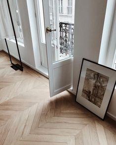 10 Graceful Simple Ideas: Minimalist Bedroom Black And White minimalist kitchen ikea open shelves.Minimalist Decor Wood Modern minimalist home closet articles.Minimalist Home Bathroom Simple. Minimalist Kitchen, Minimalist Interior, Minimalist Bedroom, Minimalist Decor, Minimalist Living, Modern Minimalist, Planchers En Chevrons, Herringbone Wooden Floors, Wooden Flooring