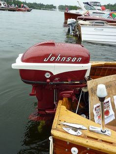 I remember growing up my dad had an old wooden cabin cruiser ,Chris Craft , had this type and color Johnson on it.