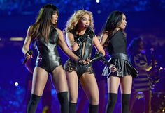 Singers Kelly Rowland, Beyonce and Michelle Williams of Destinys Child perform during the Pepsi Super Bowl XLVII Halftime Show