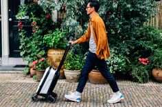 Holiday Giving: 29 Gifts for Frequent Fliers | Bugaboo Boxer | FATHOM
