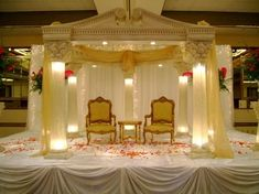 the lighted pillars look like in this orientation...also limits the use of harsh light for the evening outdoor ceremony