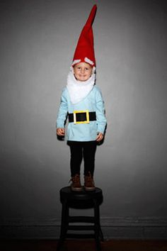 How to make a gnome costume... I've seen better but this is cute.