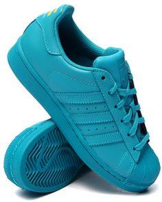 Pharrell x Adidas Superstar Supercolor sneakers!