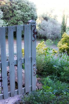 Garden Gate, Provence - I can do that!