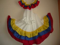 trajes tipicos de venezuela para niños - Buscar con Google Cute Prom Dresses, Summer Dresses, The Claw, Cultural Identity, Mexican Dresses, Cheer Skirts, Diy Projects, Diy Crafts, Culture
