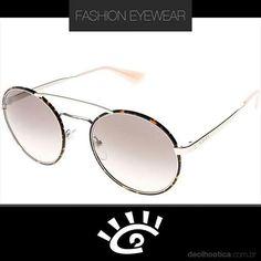 6a26e4b933fbc A marca Prada sempre cria óculos impossíveis de não se apaixonar. É um mais  lindo. OutroApaixonadoFemininoÓculos