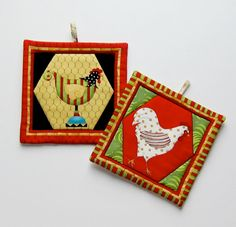 Fancilful Chicken Set of Two Pot Holders by QuiltingGranny on Etsy.