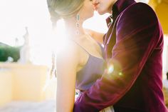 Modern Romeo and Juliet wedding inspiration | Photo by Carmen and Ingo | Design Chic Weddings in Italy | 100 Layer Cake