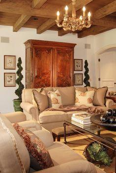 Family Room | Aimee Miller  DTM Interiors