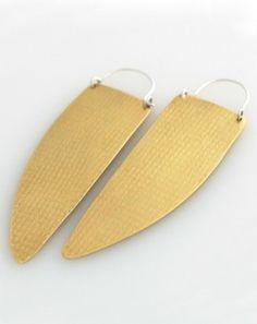 sakara earrings