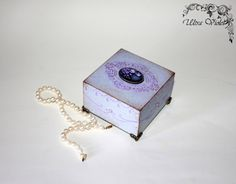 Exklusive Schatulle Box schachteln Kästchen wood von UltroViolet, €17.00