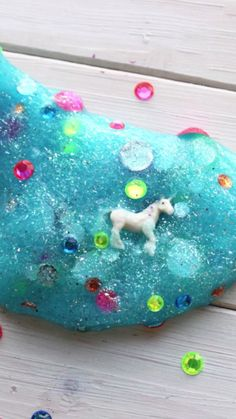 Hidden Unicorn Slime Cute diy and or activity and or party favor for unicorn party Unicorn Birthday Parties, Girl Birthday, Unicorn Party Favor, 10th Birthday, Birthday Ideas, Diy And Crafts, Crafts For Kids, Fun Crafts, Diy Cadeau