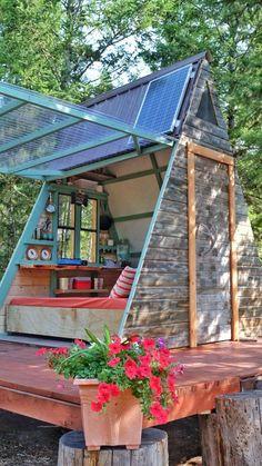 Casal constrói mini casa de campo em três semanas e com R$ 2 mil   Haus