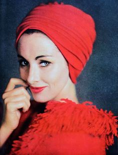 Red Balenciaga turban and coat trimmed in fringe, photo Tom Kublin, Jardin des Modes November 1960