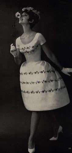 Andrea S Vintage Bridal 10