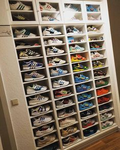 Drei Streifen Liebe 🏆This crazy wall belongs to Amazing ! Thx for tagging Shoe Storage, Storage Rack, Parental, Organization, Organizing, Shoe Rack, Shelving, I Shop, Woodworking