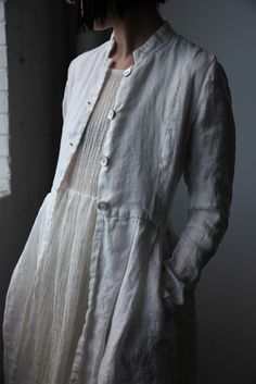 Ovate SS16 Róisín Washed Linen Long Jacket - Natural White | Handmade in Montreal, Canada #madeincanada
