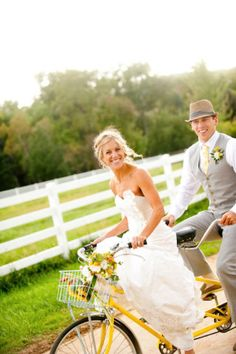This Colorado couple is just the cutest! There is so much love shining through these images by Lindsay B Photography and so much love that they put into each and every adorable detail of their vintage-inspired, tandem bike riding, sunshiny yellow