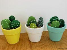 DIY – cactus con piedras paint make stones make and make stones children make handicrafts decoration cactus with stones Mini Cactus, Cactus Rock, Fake Cactus, Stone Cactus, Artificial Cactus, Cactus Flower, Flower Bookey, Flower Film, Cactus Cactus