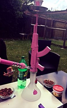 hookah, gun, and pink Bild